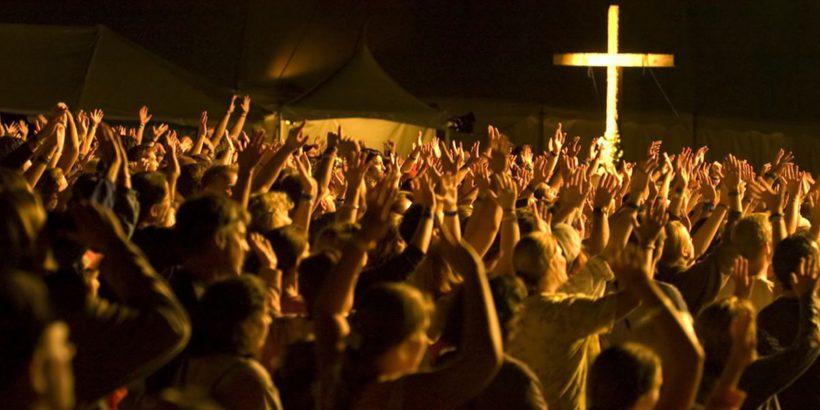 Почему крещение платное в церкви - это правильно?